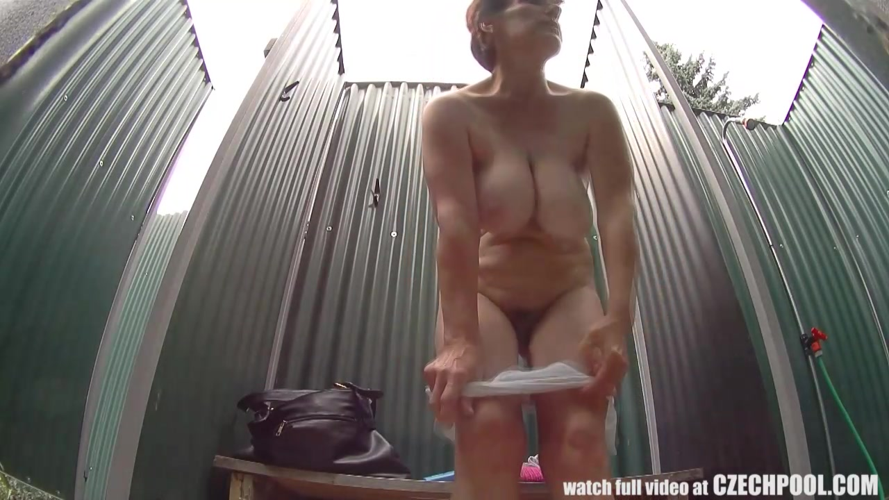 gezocht vrouw voor trio stiekem sex filmen